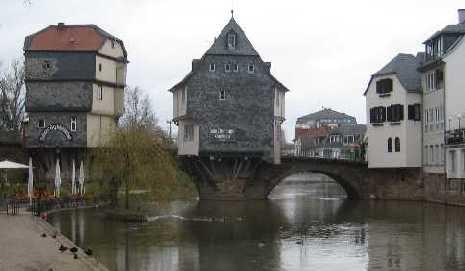 bruckenhaus.jpg